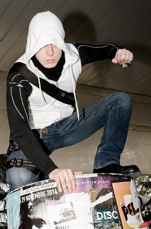 Modern Assassin Greyzlack Modern Assassin Cosplay Photo