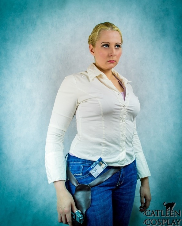 Elena Fisher Uncharted 2 Catleen Elena Fisher Cosplay Photo