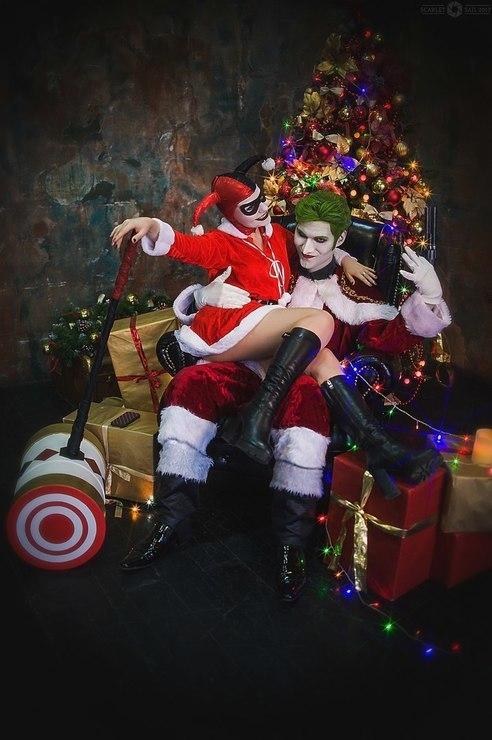 Joker Christmas Ornament.Christmas With The Joker Igor Hitman Joker Harley